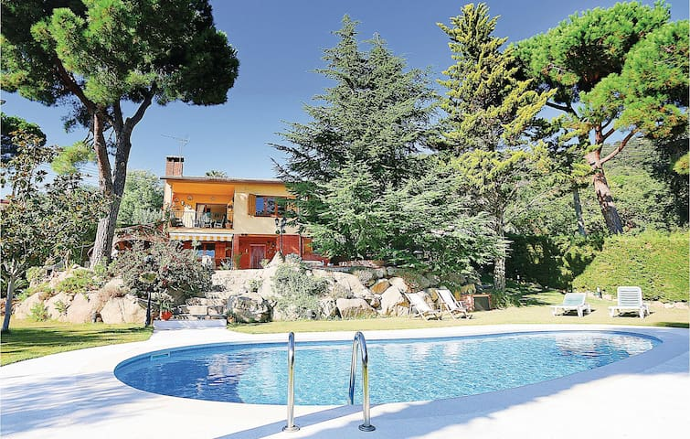Holiday apartment with 4 bedrooms on 100m² in Santa Cristina d'Aro