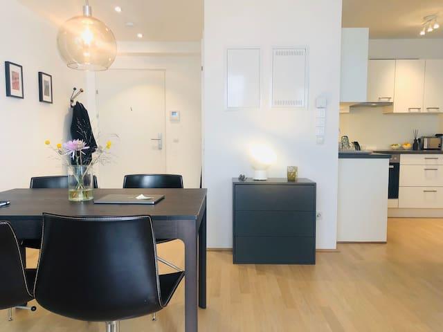 Elegant Apartment in Vienna's Hippest Area