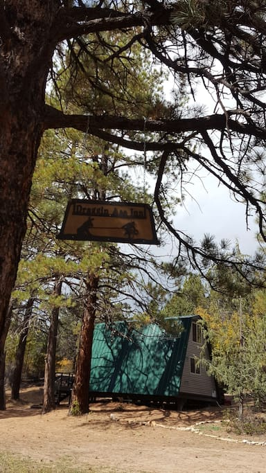 Off grid cabin steps from zion national park cabins for for Cabin zion national park