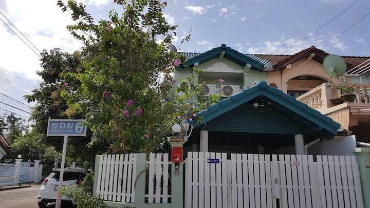 Turquoise 1: BR+garden+kitchen+++near DMK Airport