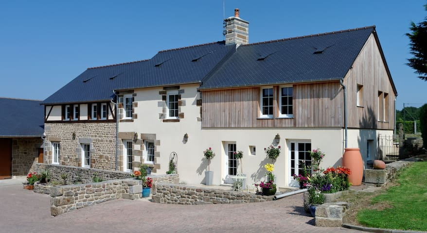 Tranquil B&B in beautiful country setting. - Saint-Michel-de-Montjoie - Bed & Breakfast