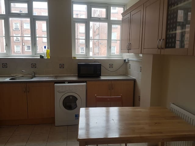 Double room in Hackney near East & Central London3
