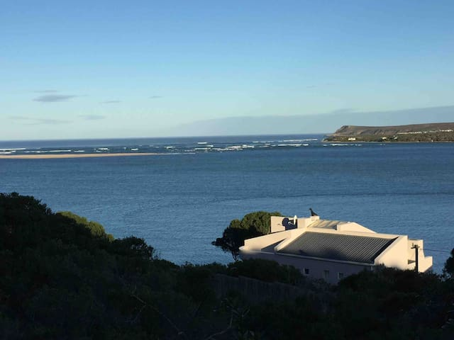 Breede View - Riverside self catering holiday Home