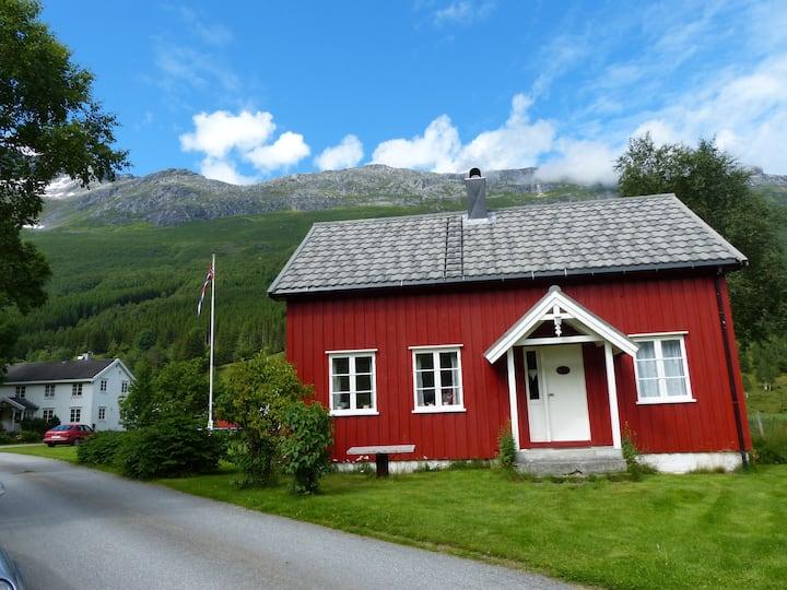 Solstad i Øksendal
