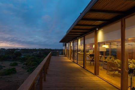 Stylish Beach House in Pure Nature - Tunquen