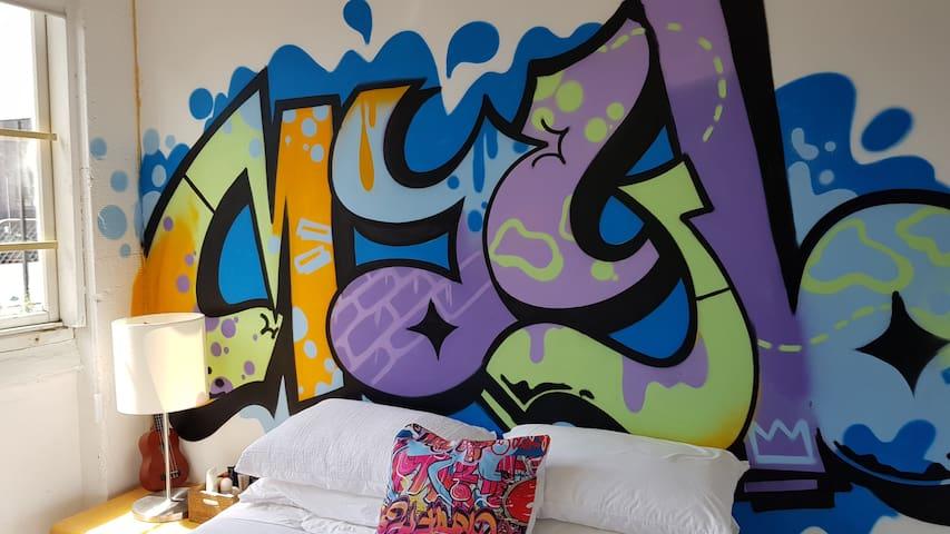 Private Unique Living Art Space Central Auckland