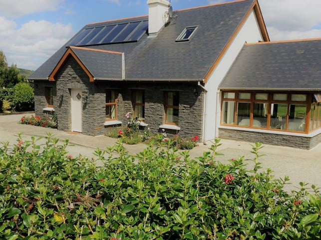 West Cork B&B upstairs ensuite double room