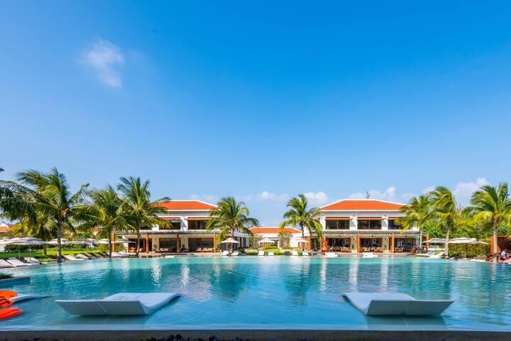 Awesome Beach Pool 3BR Villa