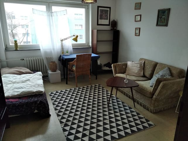 Room 20 min from Mainstation, Zimmer 20 min Hbf