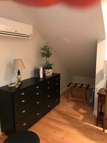Extended Stay or Nightly Modern Private Studio Apt