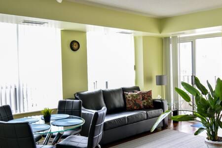 Beautiful 2 Bedroom Furnished Condo