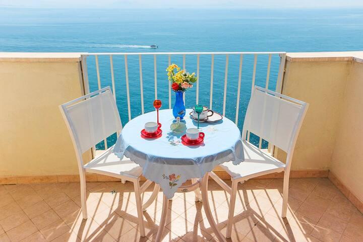 Amalfi:Ocean breeze stunning sea view ★★★★★10% off