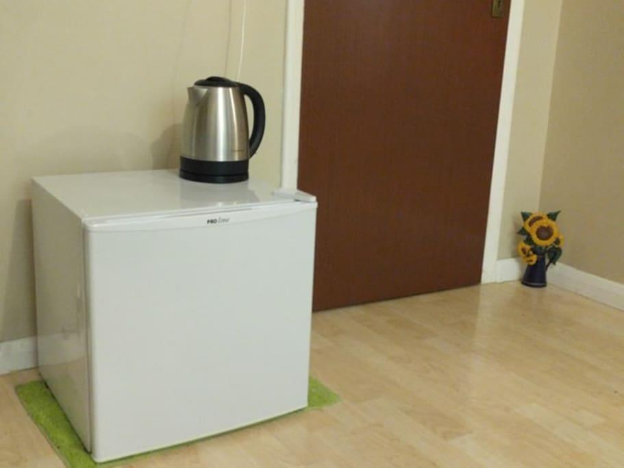 Mini fridge and Kettle