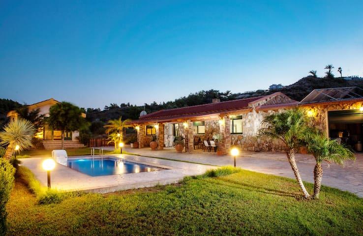Villa with 3 bedrooms-Private pool - Faliraki - Willa