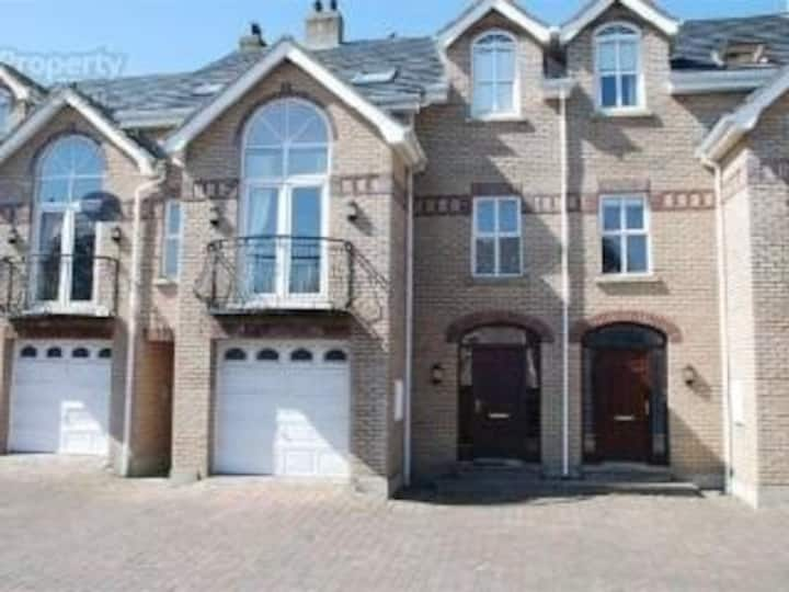 Spacious townhouse Portstewart on Causeway coast