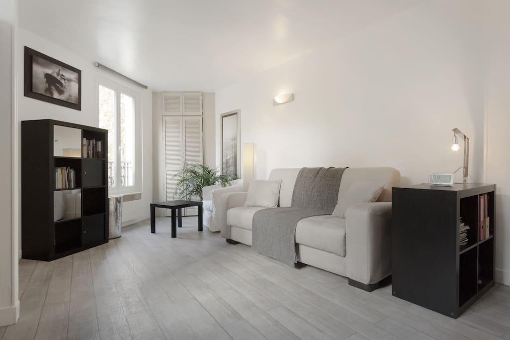 nice studio montparnasse paris appartements louer paris le de france france. Black Bedroom Furniture Sets. Home Design Ideas