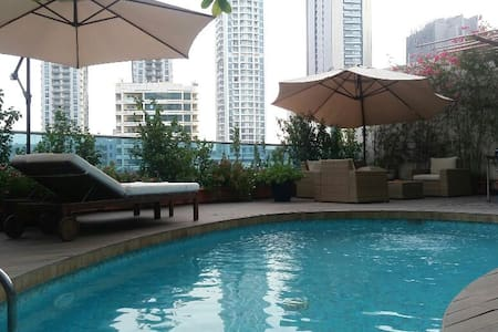 Luxury Villa with Private Pool Temp Controlled JBR