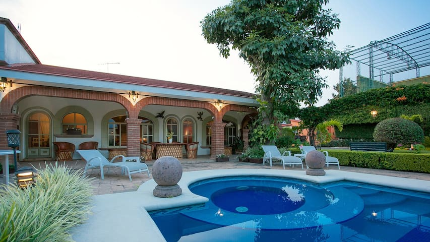 Pool and Jacuzzi area.