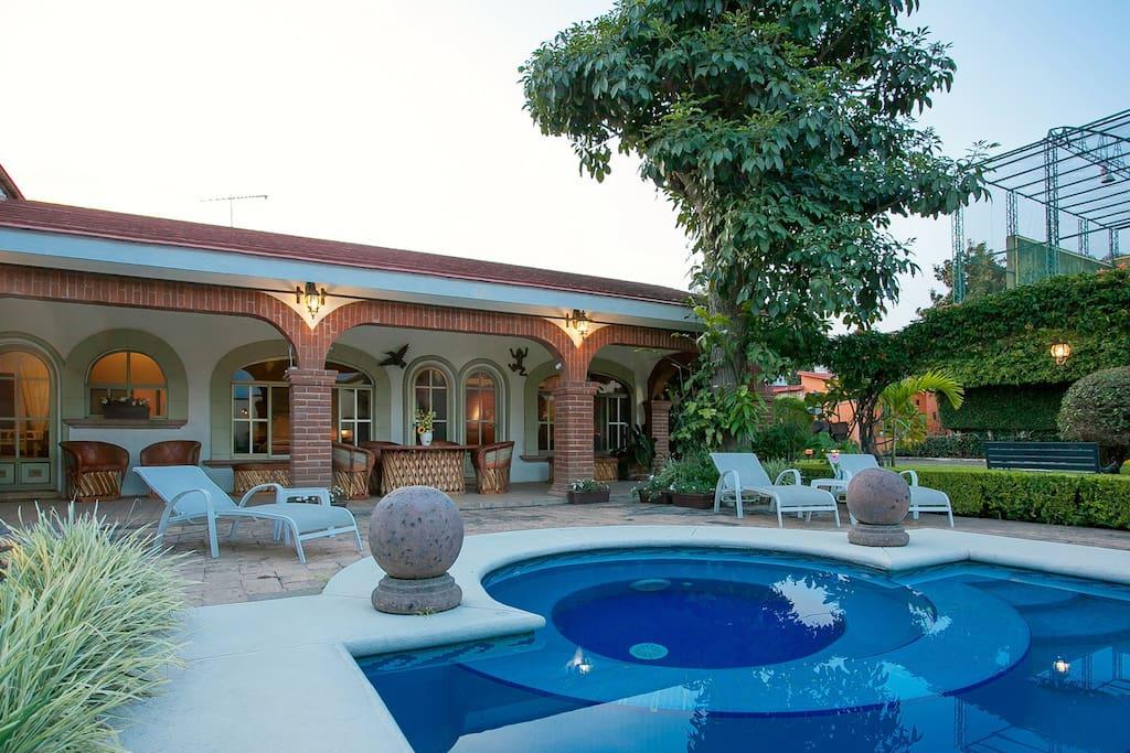 Residencia jard n real villas en alquiler en cuernavaca Jardin villa serrano cuernavaca
