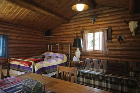 Cozy log cabin - Stuga
