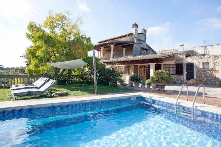 APARTAMENT IN COTTAGE WITH POOL