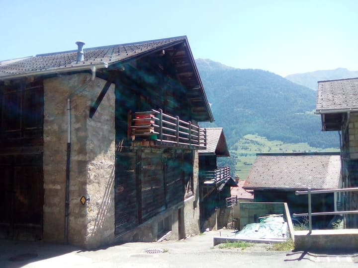 Charmant 2 pcs, Chez les Reuses, rénové juin 2019