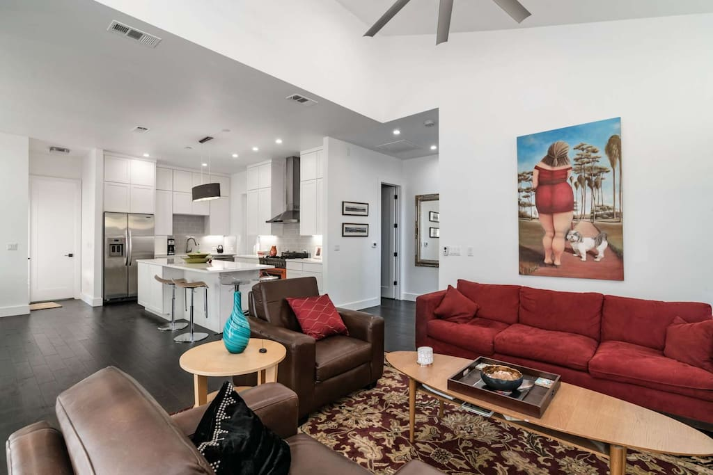 Wonderful open floor plan mean the party spans multiple rooms!