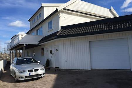 Leilighet nær sentrum og Dyreparken - Kristiansand