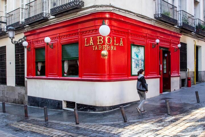 Calle Bola