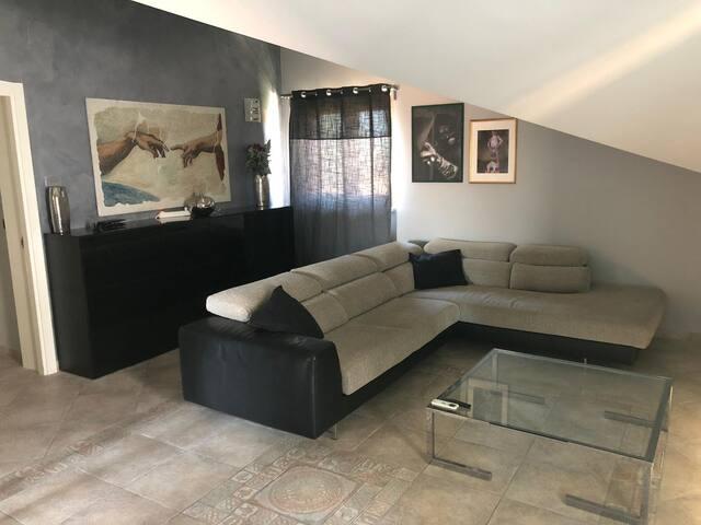 Luminoso e ampio appartamento