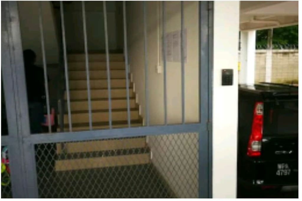 Staircase is secure with dedicated card asscess entry system. Only 6 houses per staircase