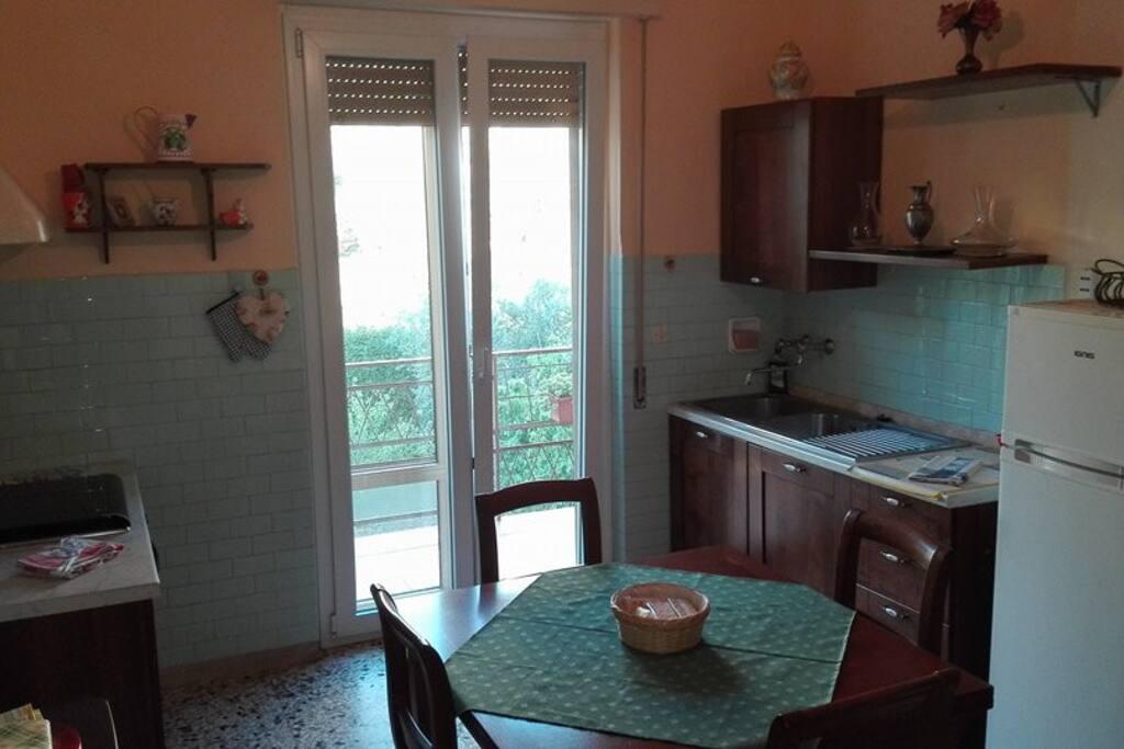 Sala da colazione e cucina