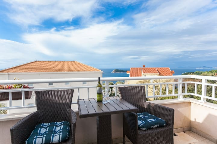 Apartment with a nice view 2+2 - Cavtat - Appartement