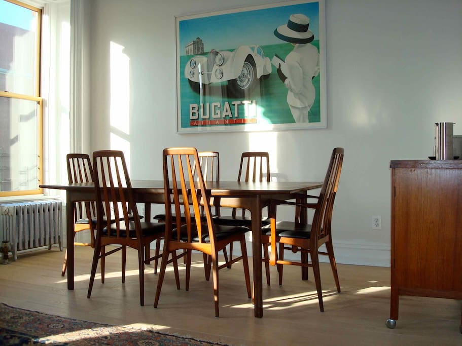 dining table seats 10