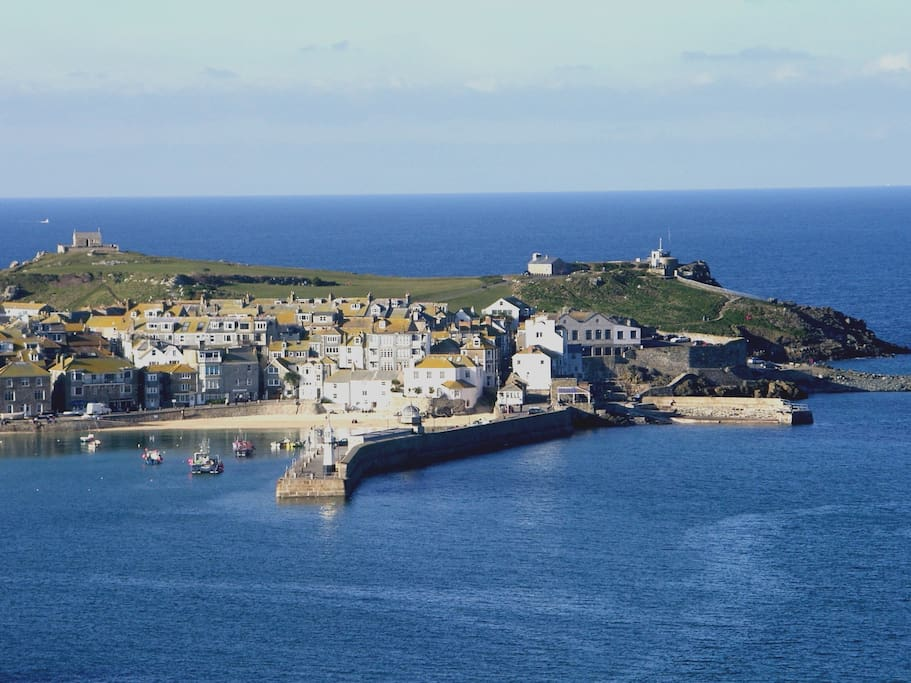 St Ives (aerial view)