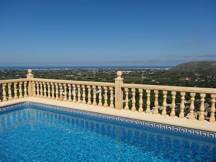 Villa, private pool, sea view, A/C, wifi, La Sella
