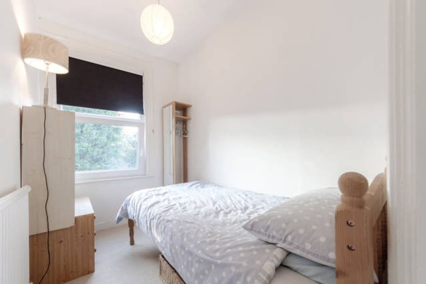 Very nice small room Wimbledon