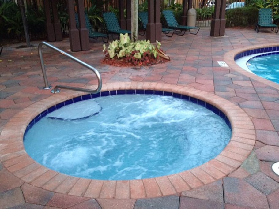 Very Nice Condo Pool Jacuzzi Bbq Apartments For Rent In
