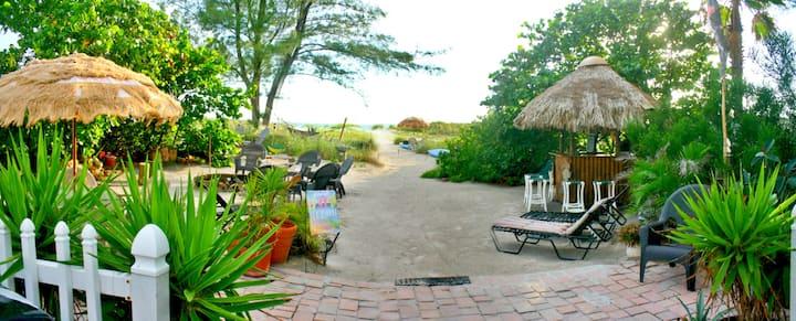 #6 Cozy 1/1 Beach Studio Apartment