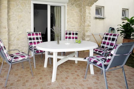 Holiday Apartment Josip in Vodice for 5 persons