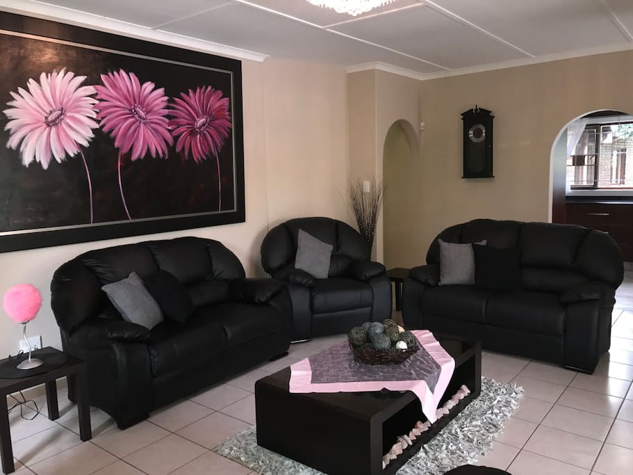 Modern Family Lounge with Air-Con and DSTV