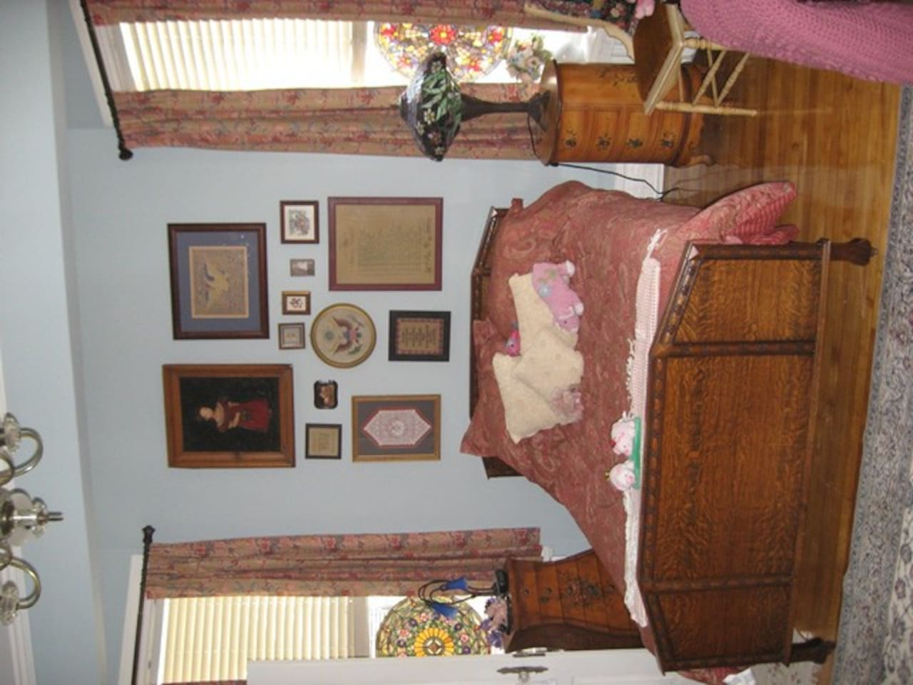 Americana Room furnished in antiques
