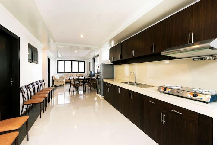 Cozy 3BR Family Vacation Suite - Baguio - Apartment