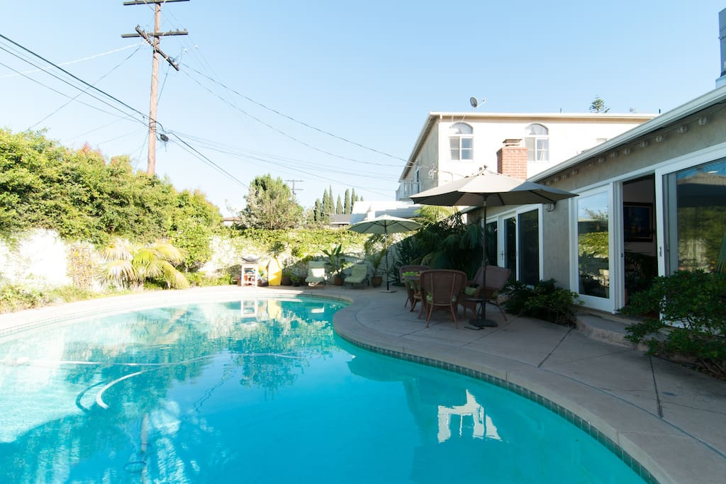 Sunny House Minutes From The Beach Houses For Rent In Los Angeles Califor