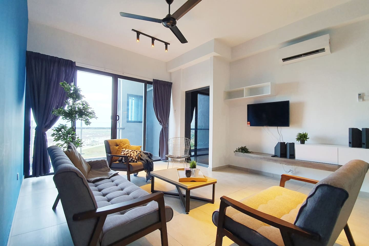 Atlantis Residence by Cobnb at Melaka, Cozy Family suites perfect for family or friend gathering or Stay-cation.