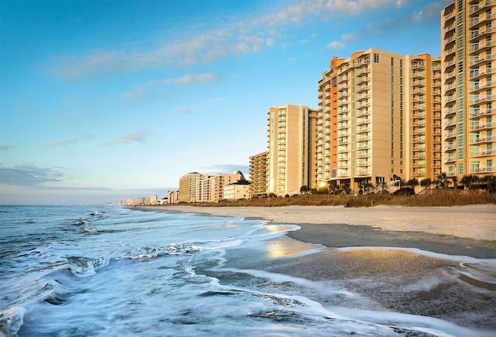 Ocean Blvd 1 Bedroom 1 Bath Beach Front Resort