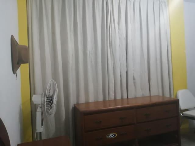 Habitación Confortable y Segura