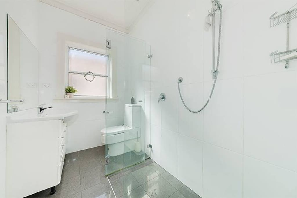 Renovated bathroom! Hugh shower :)