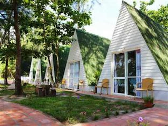 Seaview Bungalow in Con Dao