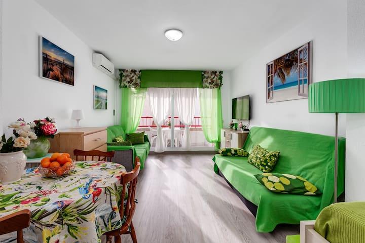 Apartment Montserrate 8 near the sea